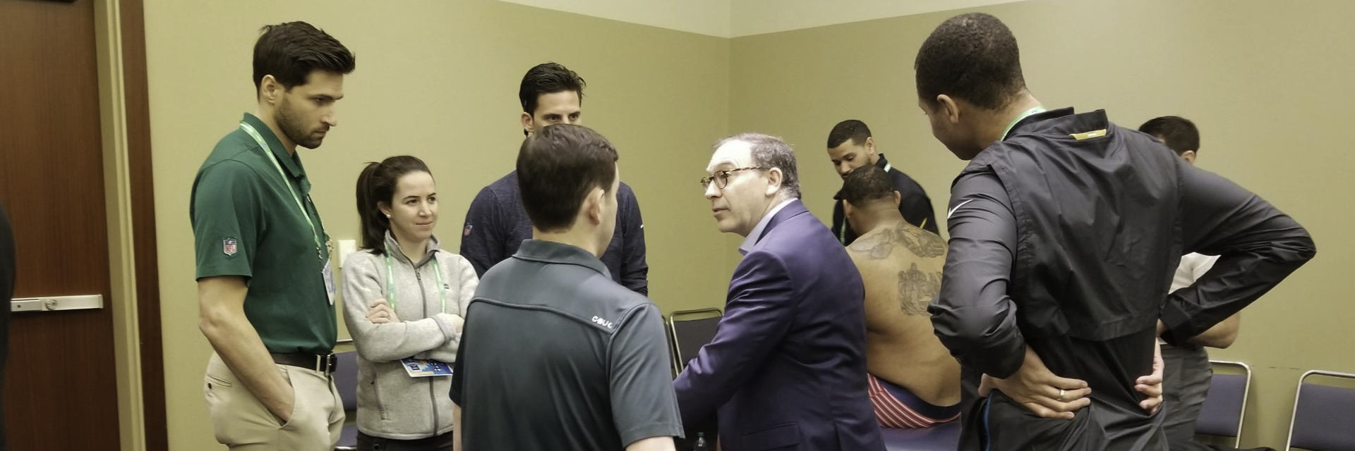 Dr. Mark Zoland Teaching Team Docs and Trainers at the NFL Combine